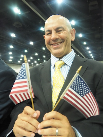 Simon Majumdar, citizenship