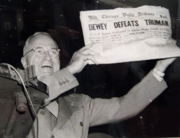 Harry Truman defeats Thomas Dewey.