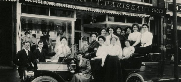 T. Pariseau Ladies' Outfitter, one of many businesses created and owned by Franco-Americans in Manchester. Photo by Ulric Bourgeois, 1915.